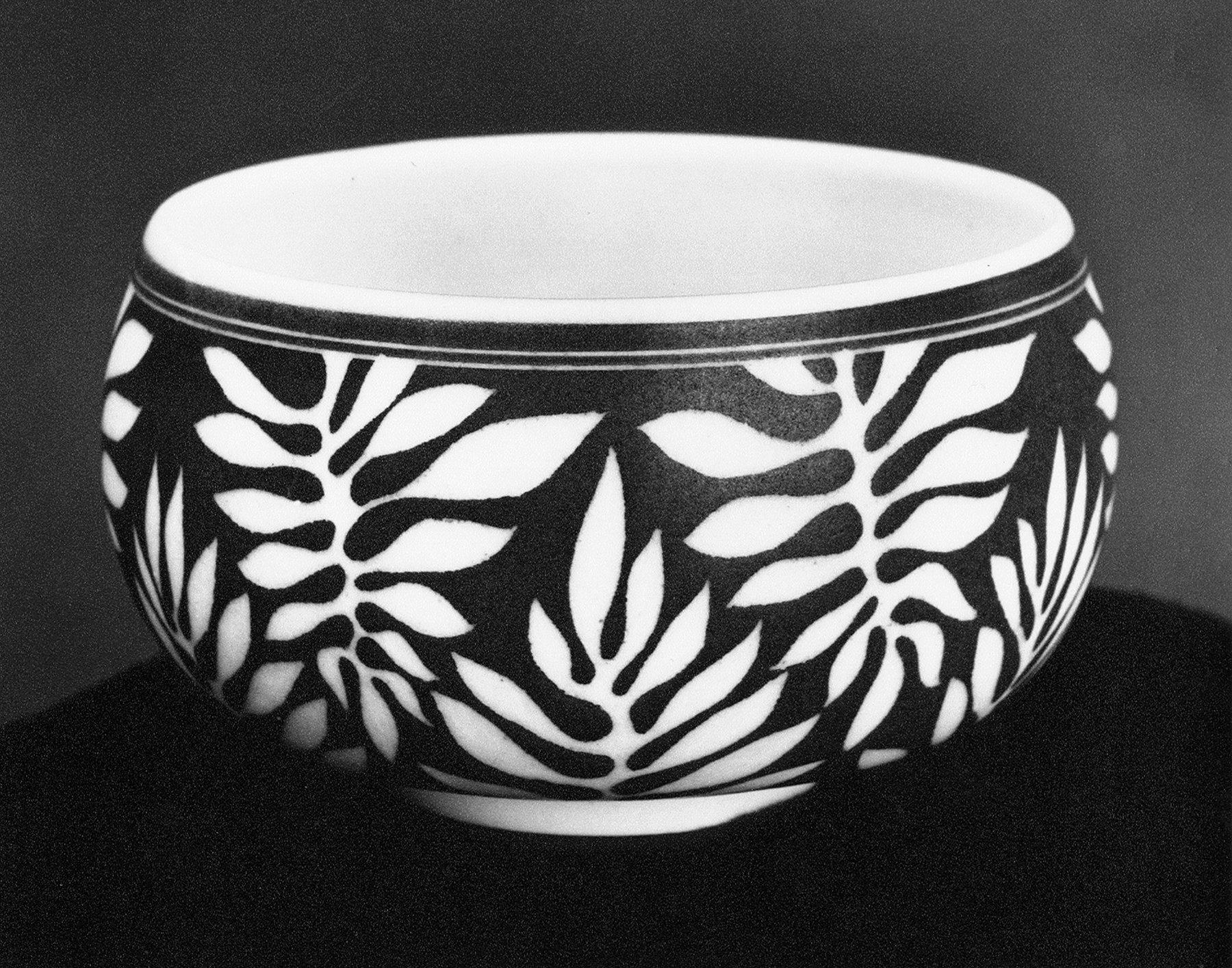 porcelain bowl with leaf design